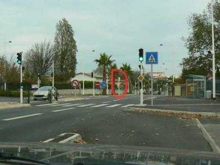 Radar de feu rouge N10 devant Villa Pia
