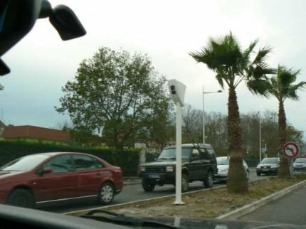Radar de feu rouge N10 Villa Pia vue de l'autre sens