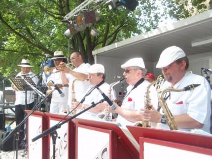 Jazz et salsa aux fêtes de Bayonne avec le Big Band Cöte Sud