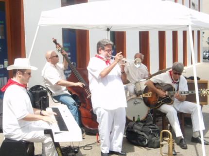 Arnaud Labastie, Dominique Burucoa, Emmanuel de Montalembert avec Just Friends Jazz aux f^etes de Bayonne