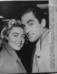 Avec Dorothy Malone