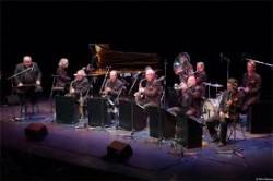 L'orchestre au cours du concert de Bayonne